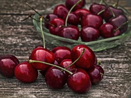 sweet cherries on farm stand
