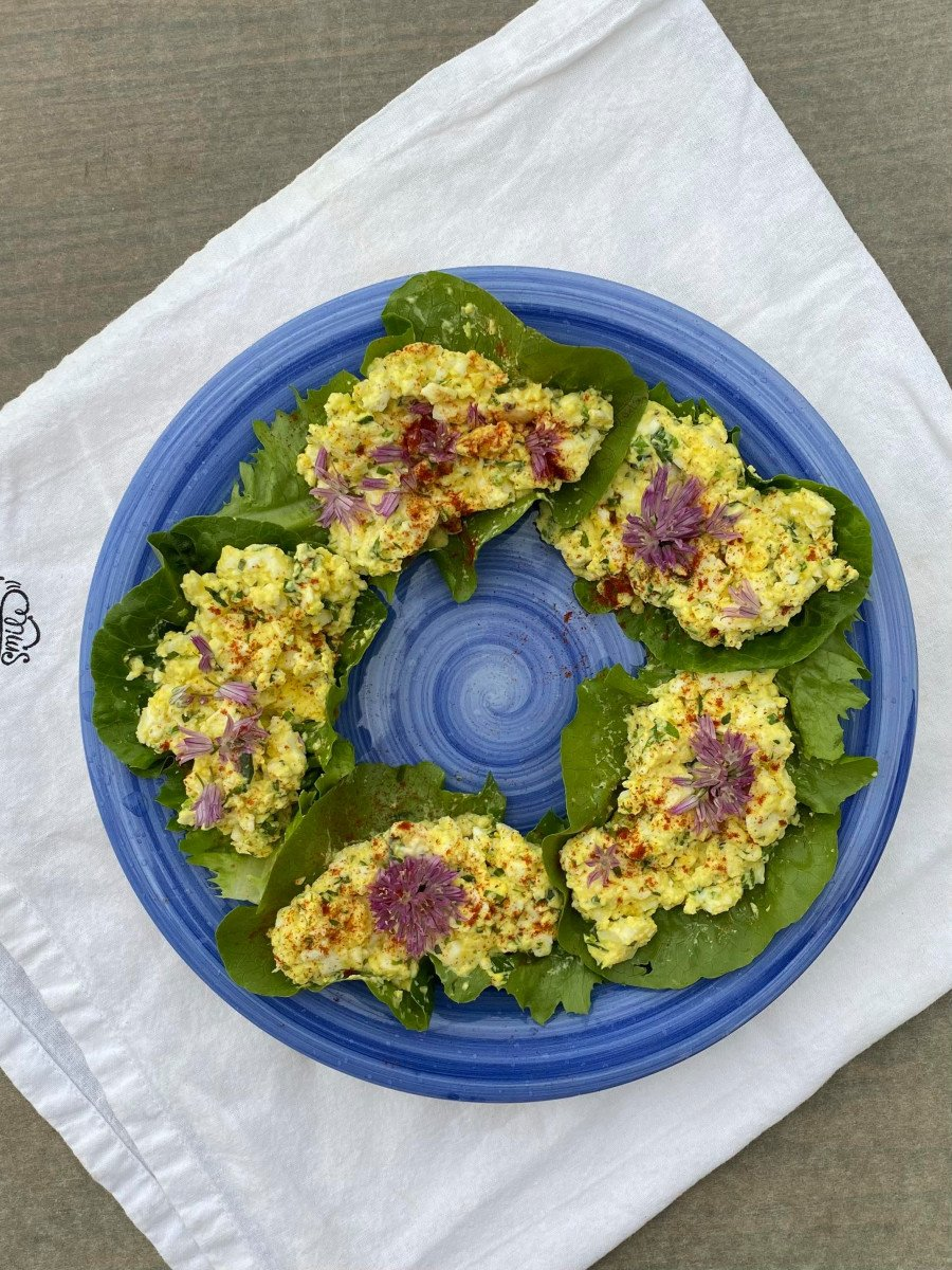 herbed egg salad lettuce boats top down